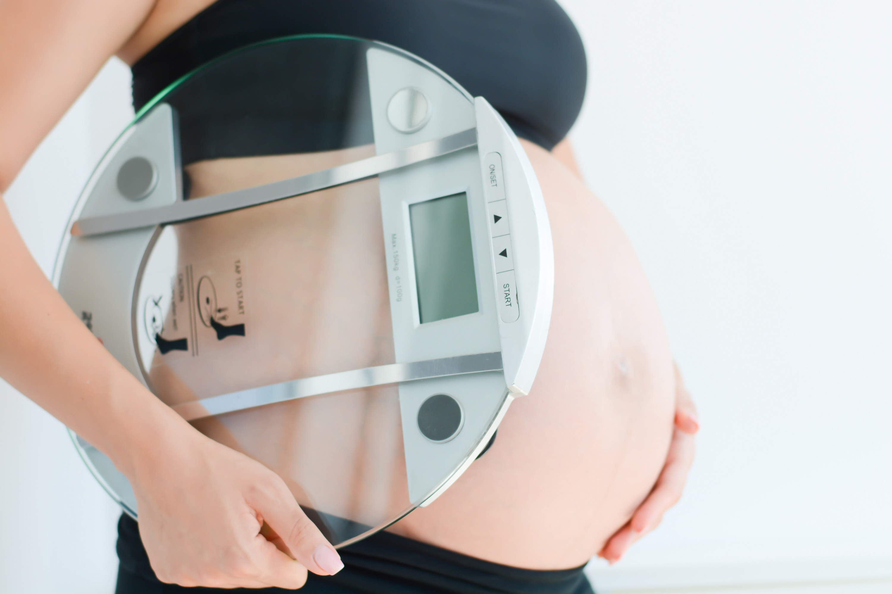 Pregnancy weight gain calculator weight gain during pregnancy working out and eating properly can maintain an optimal pregnancy weight you are supposed to gain weight as your fetus grows but theres a limit ccuart Choice Image