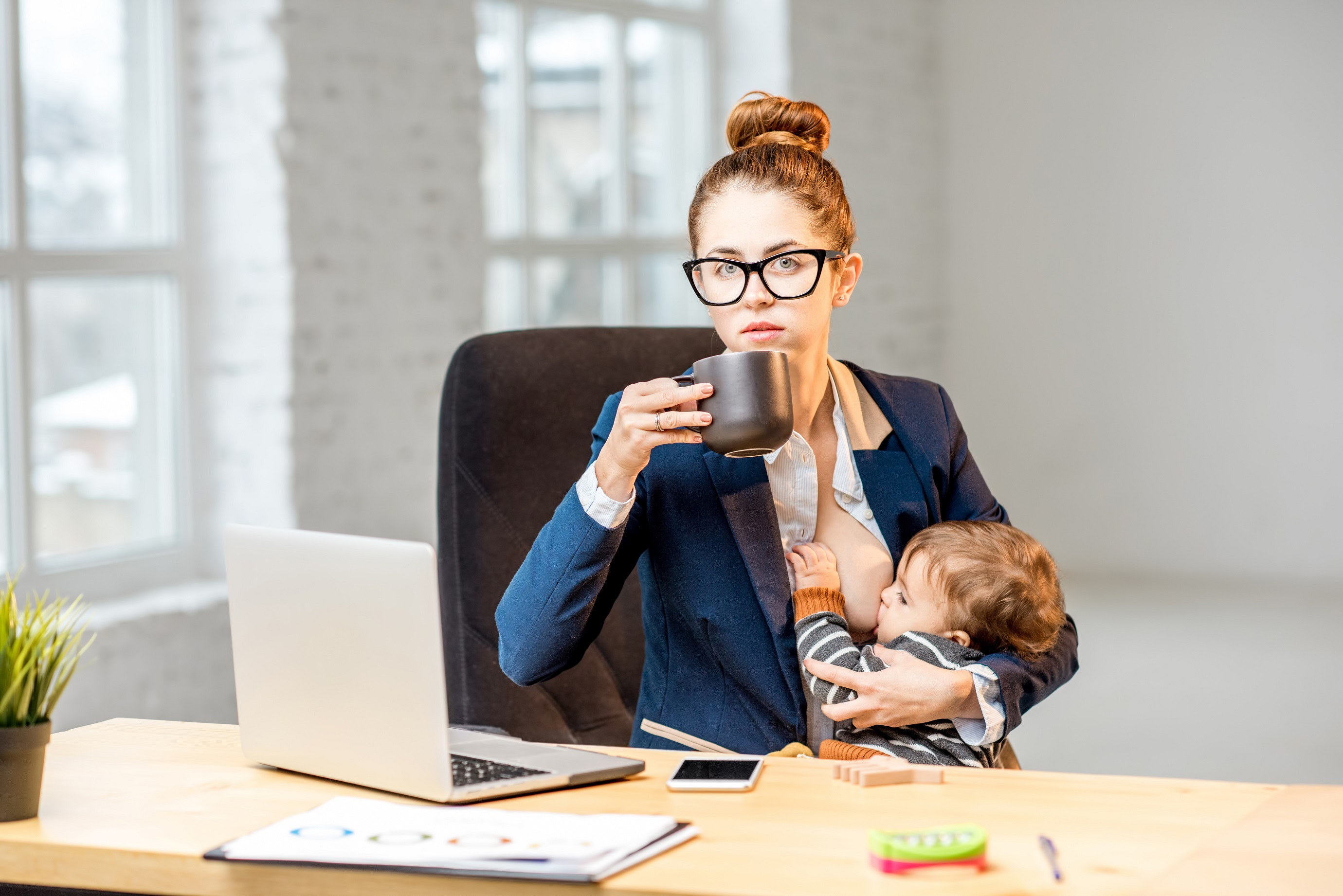 Occupations You Should Avoid While Breastfeeding  The Pulse